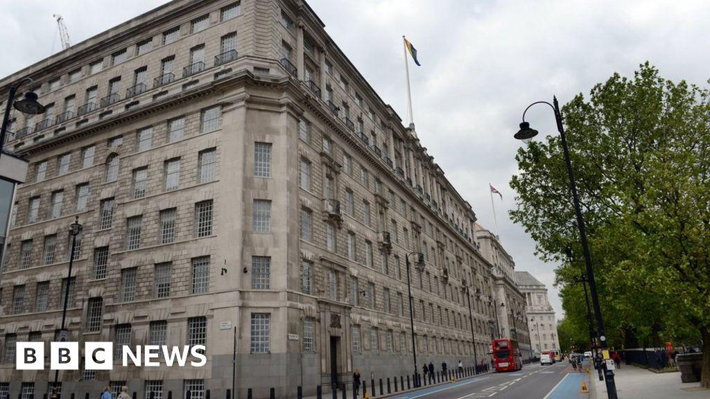 MI5's use of personal data was 'unlawful', says watchdog