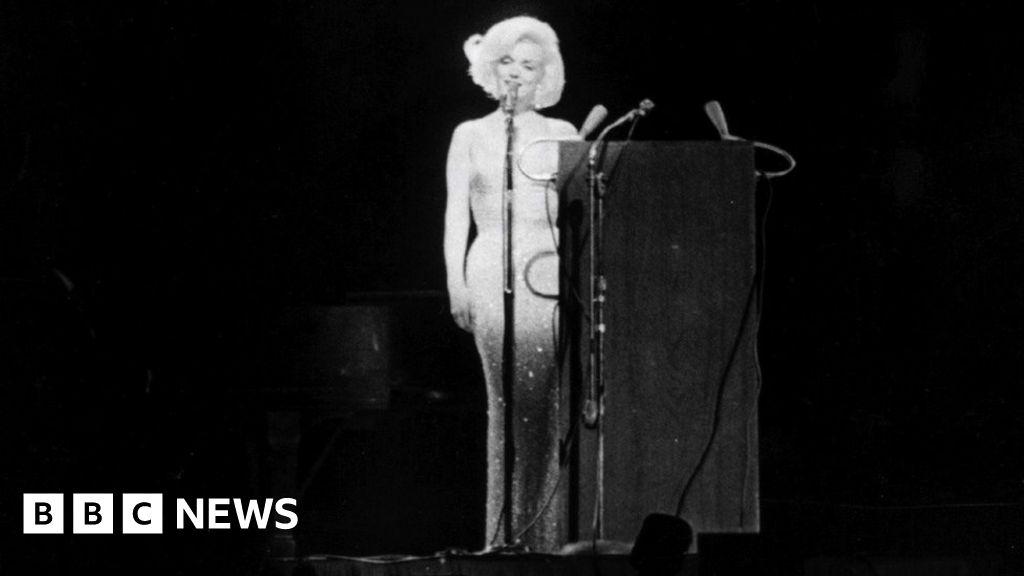 What made the Marilyn Monroe happy birthday Mr President