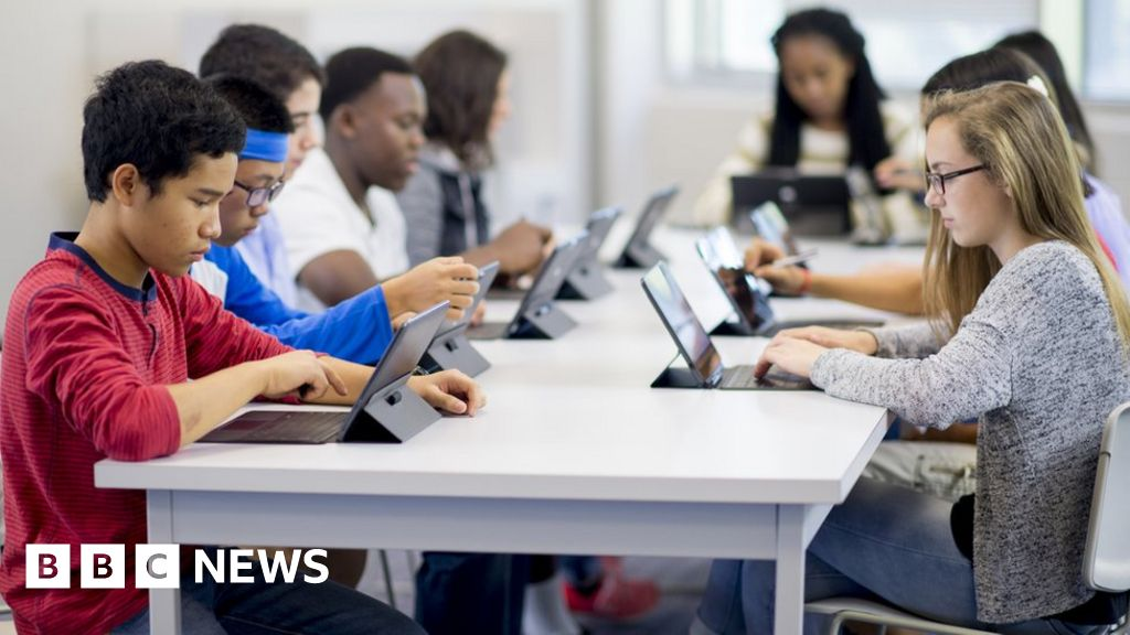 GCSE exams could be sat online in future