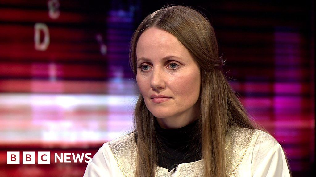 Imam Sherin Khankan wants 'new narratives' on Islam - BBC News