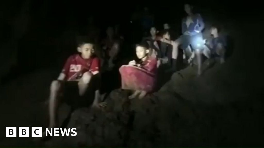 Missing Thai boys found alive in caves