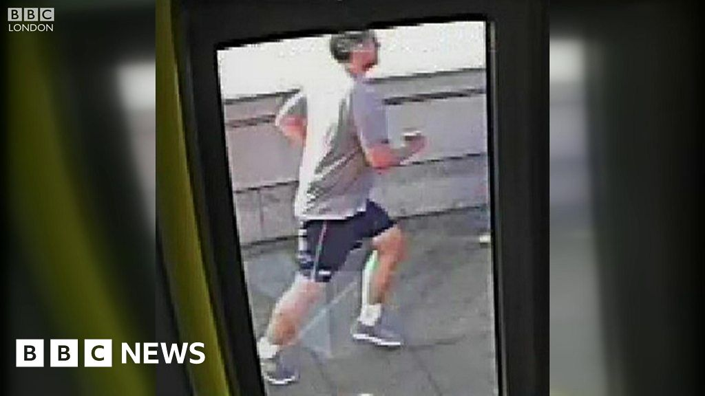 Putney Bridge: CCTV of jogger 'pushing' woman in front of
