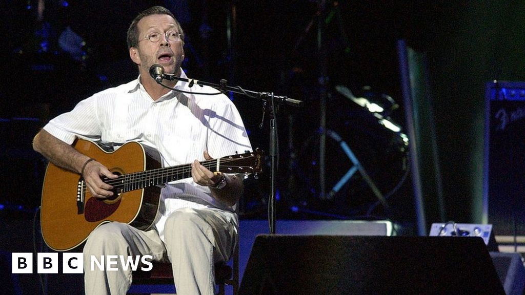 Eric Clapton guitar given to Welsh friend goes to auction