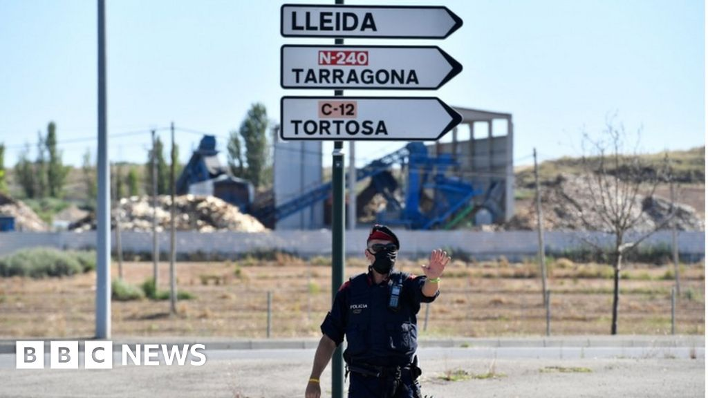 Catalonia makes masks mandatory in public