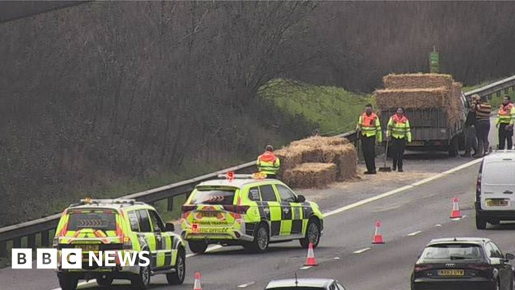 M4 traffic: 14-mile queues after hay bales shed in Cardiff
