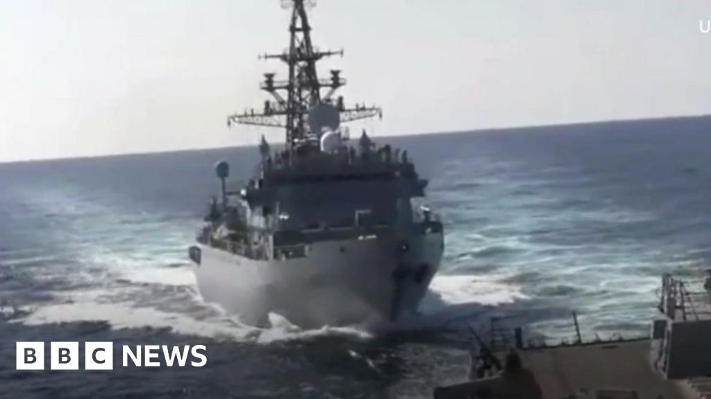 Russian and US warships almost collide in Arabian Sea