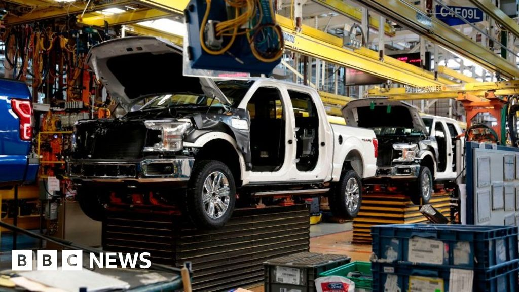 Carmaker Ford announces 7,000 job cuts