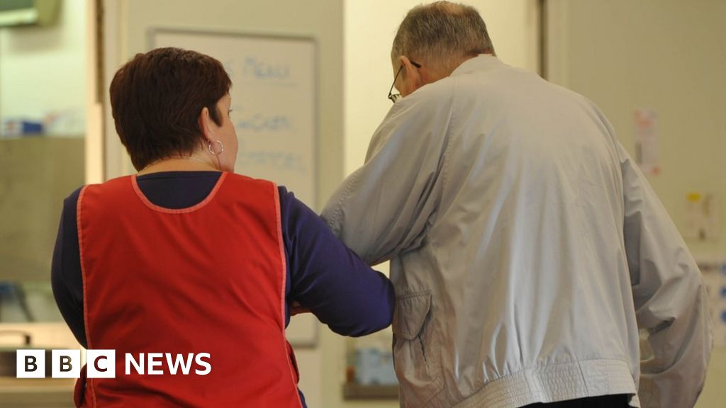 Bbc News Update: News Daily: Dementia Prevention And Brexit Update