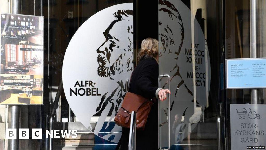 Two Nobel literature prize committee members quit thumbnail