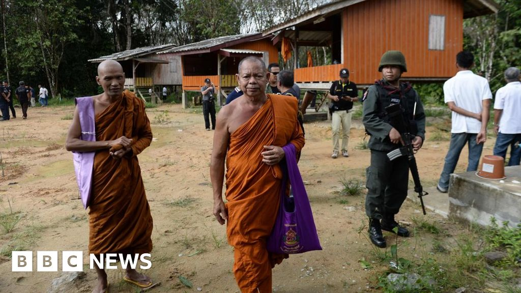 Thai monks killed in temple shooting
