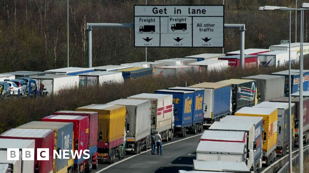 Brexit: Port of Dover warns of travel disruption risk