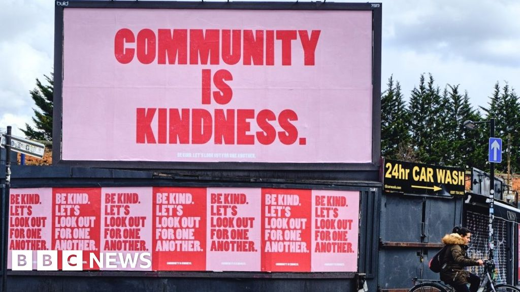 Coronavirus: The posters are spreading kindness in London