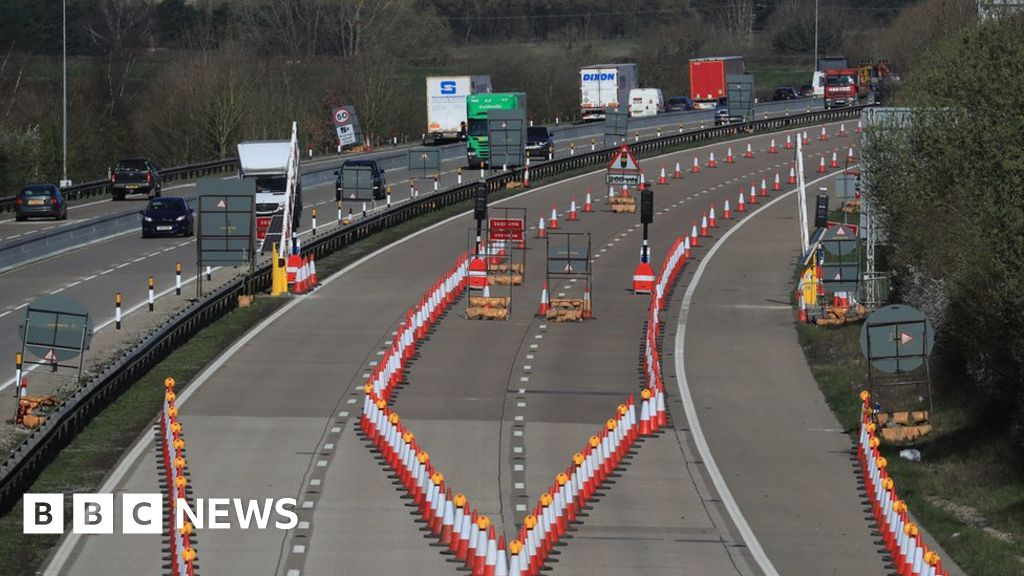 Operation Brock: No-deal Brexit motorway plan starts on M20