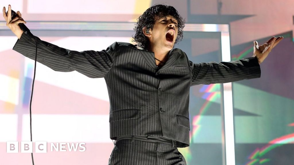 The 1975 frontman Matty Healy makes festival gender balance pledge