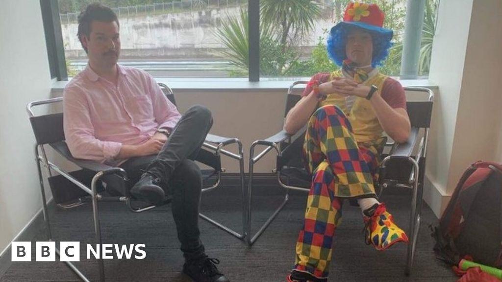 Man brings clown to redundancy meeting
