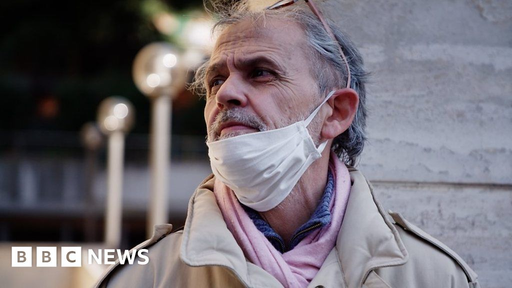 Coronavirus: The Italians struggling to feed their families - bbc