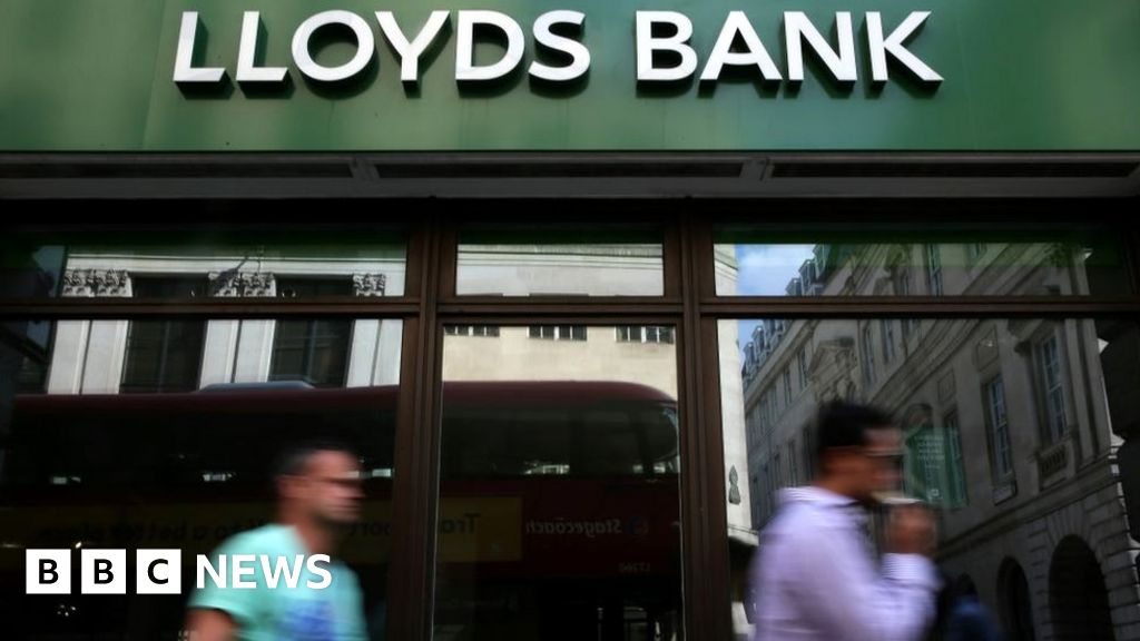 Lloyds shareholders lose legal fight over HBOS