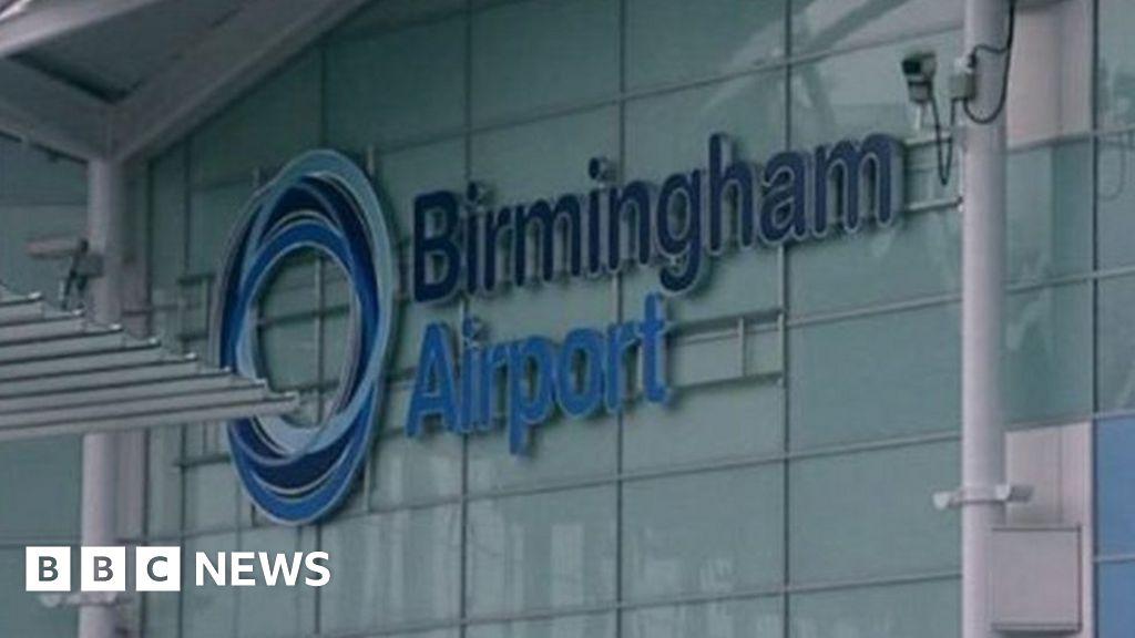 Thomas Kavanagh vor Gericht wegen Schusswaffenbesitz - BBC News
