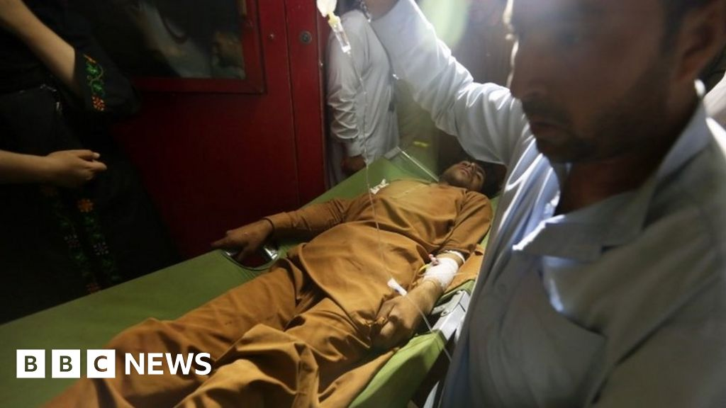Afghanistan: At least 17 killed in Eid car blast