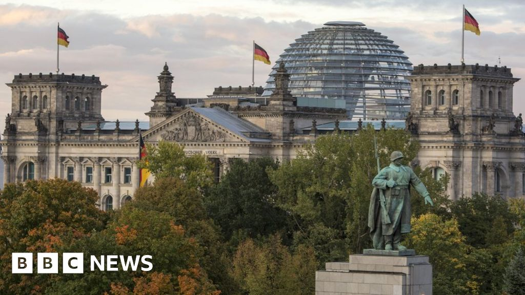 German politicians targeted in 'mass hack attack'