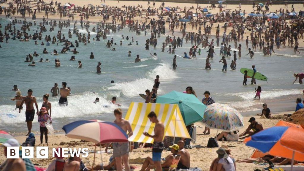 australia swelters through record-breaking heatwave