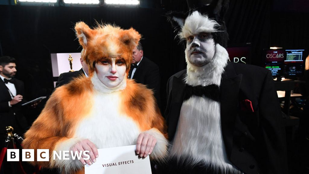 Oscars 2020: Fur flies, vegan burgers and RIP Luke Perry
