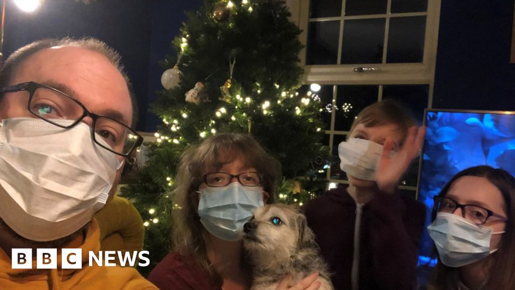 Coronavirus Christmas Arrives Early To Lighten The Mood Bbc News