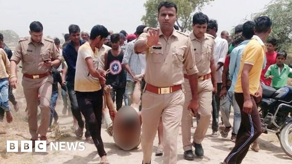 India police 'sorry' for lynching photo