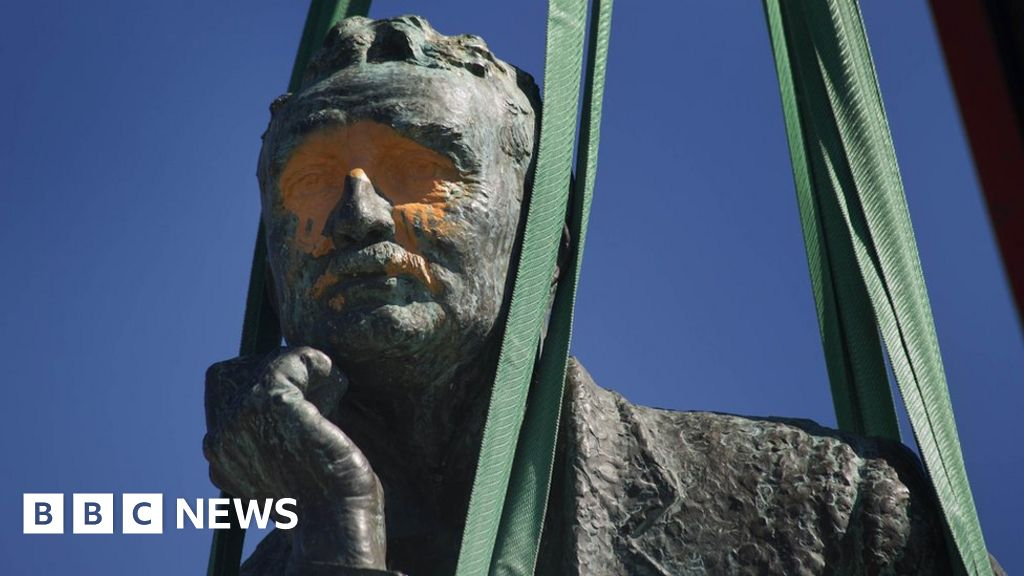 From the archive: How do you decide if a statue must fall?