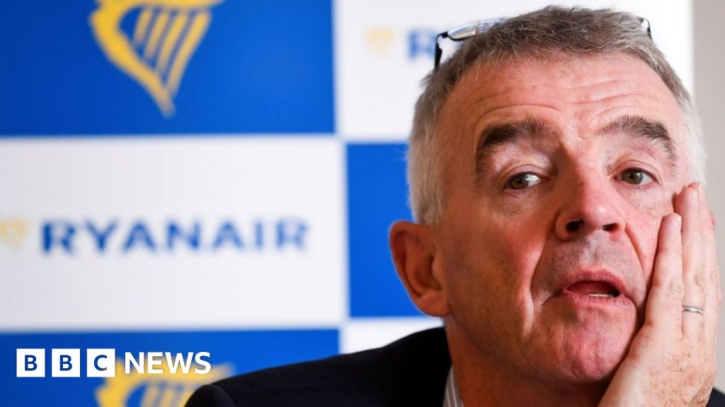 Ryanair expects to win in airline 'fare wars'