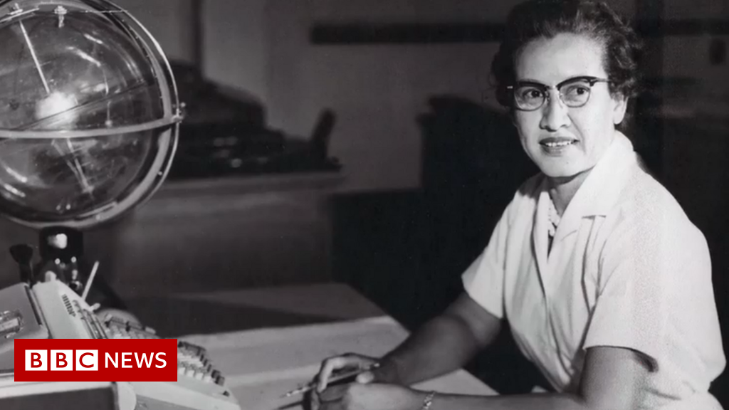 Katherine Johnson: Nasa mathematician dies at 101 - BBC News
