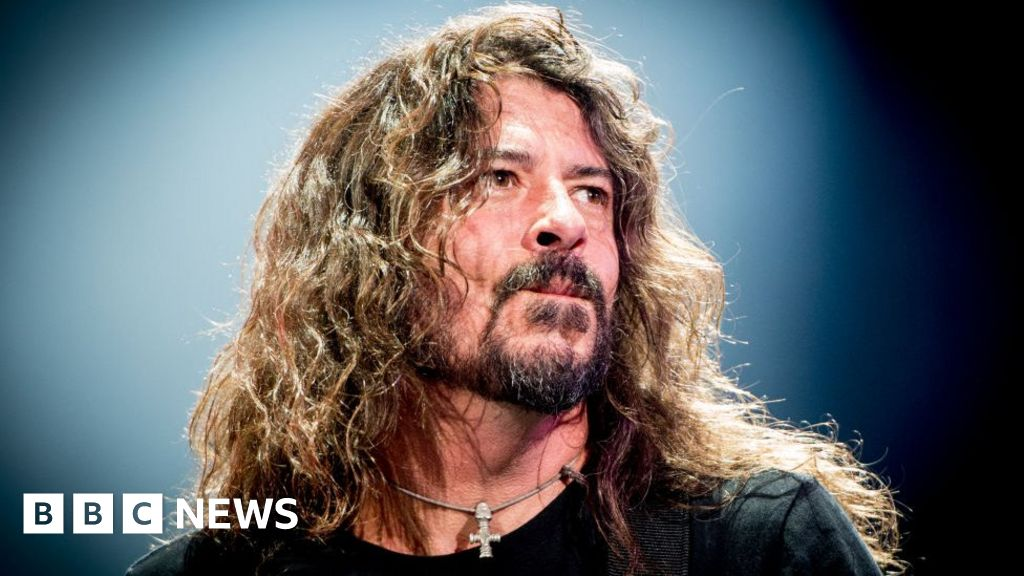 Dave Grohl: 'I dreamt I was shot in the back'