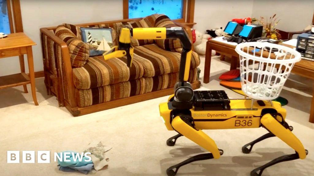 Boston Dynamics' robot dog Spot gets long distance remote control