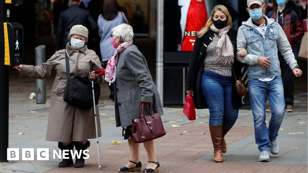 Covid: Midday deadline for Greater Manchester coronavirus deal