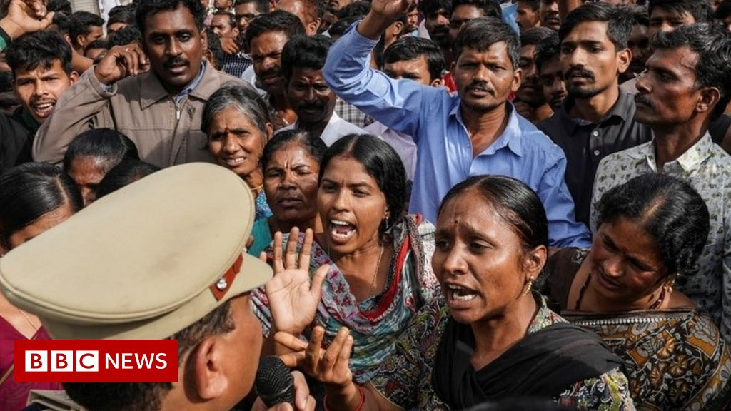 Hyderabad case: Police kill suspects in Indian vet's rape and murder