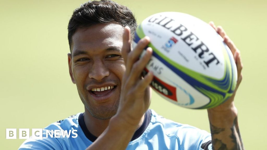 Rugby star Folau recoups donations in sacking row thumbnail