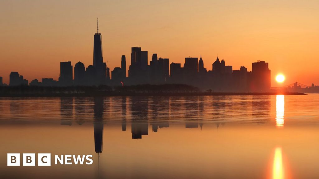Coronavirus: New York becomes Ground Zero again thumbnail
