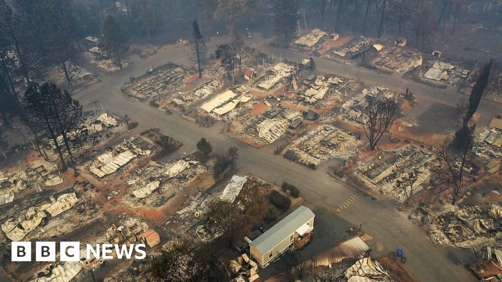 Firm agrees $1bn payout over California fires thumbnail