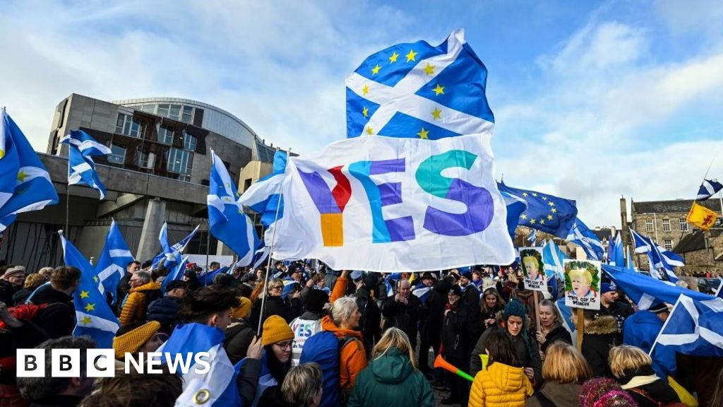 SNP appoints new treasurer amid indyref2 cash row