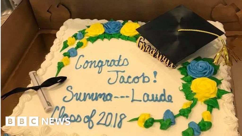 Us Students Summa Cum Laude Graduation Cake Censored Bbc News