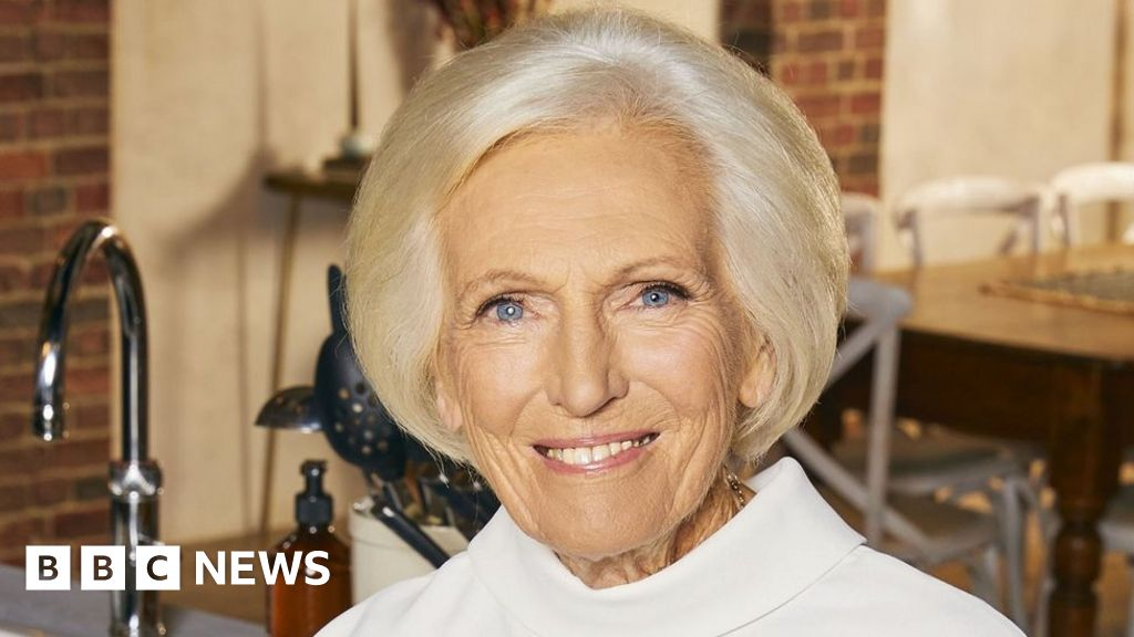Mary Berry says people should 'not query' having Covid-19 vaccine