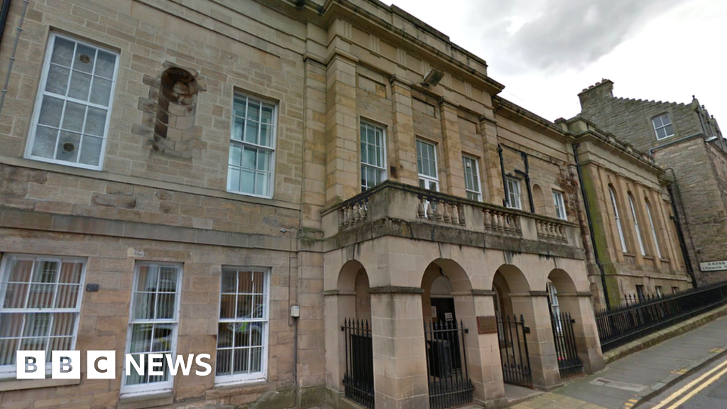 Jedburgh court prisoner transport delays investigated thumbnail
