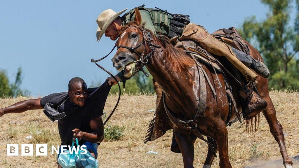 Migrants in Texas: US probes horseback charge on Haiti migrants
