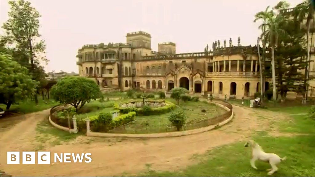 The palace in India where time stood still - BBC News