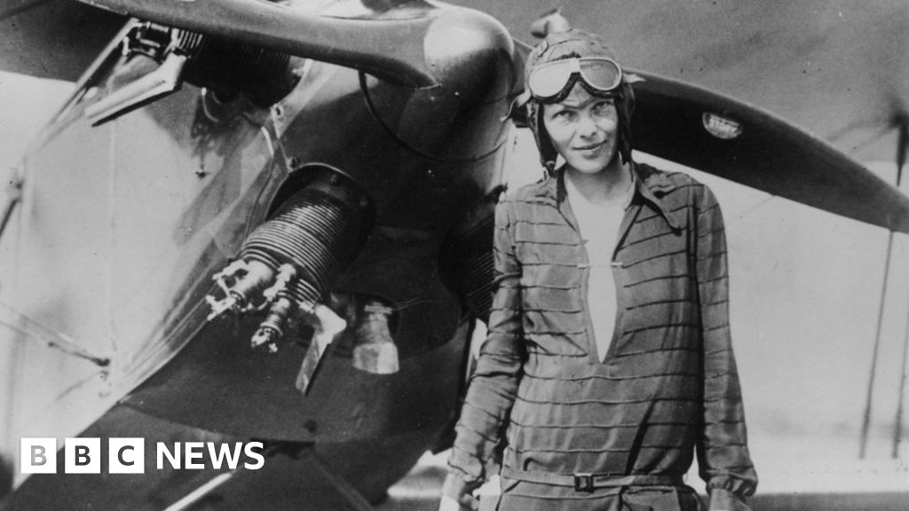 Can the man who found the Titanic find Amelia Earhart?