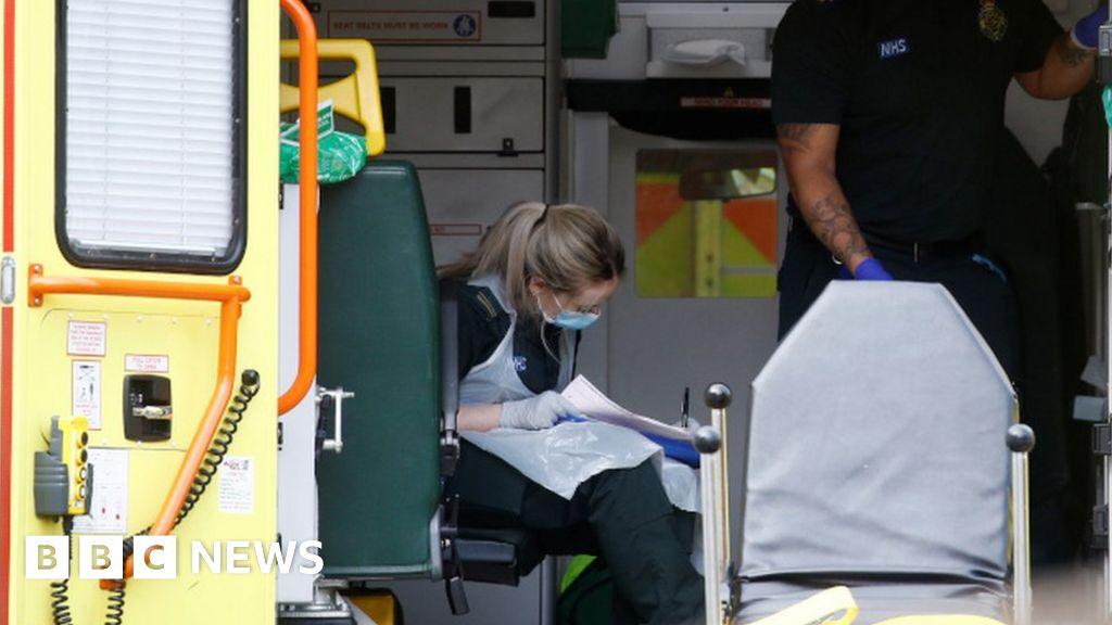 Coronavirus-briefing: UK-Tests criticized and Trump warns of  painful weeks