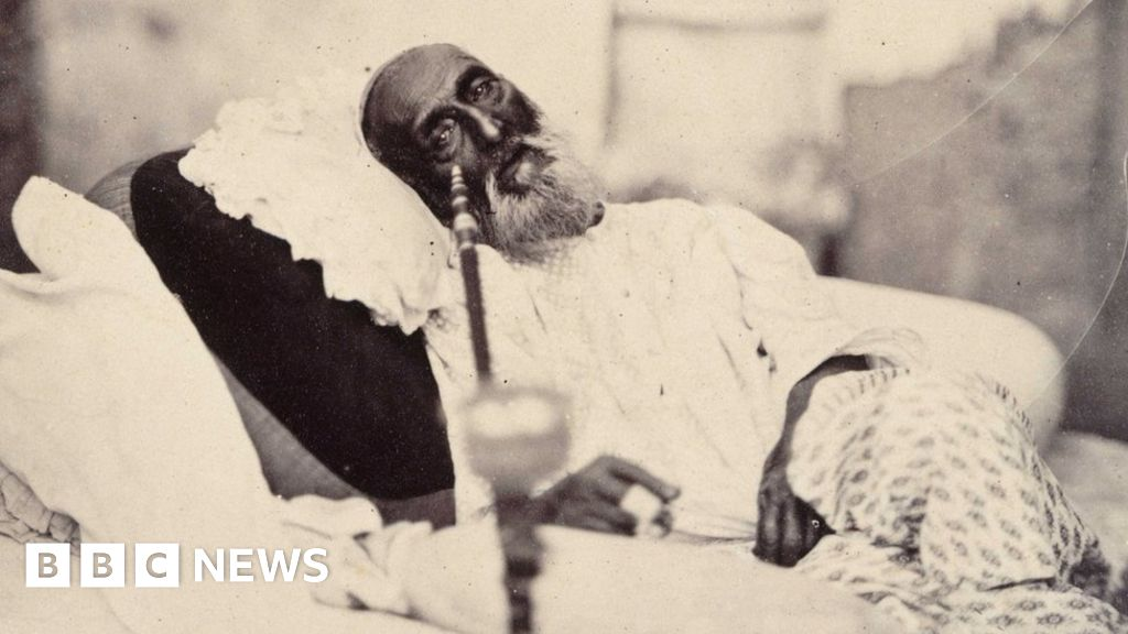 Remembering the last Mughal emperor - BBC News