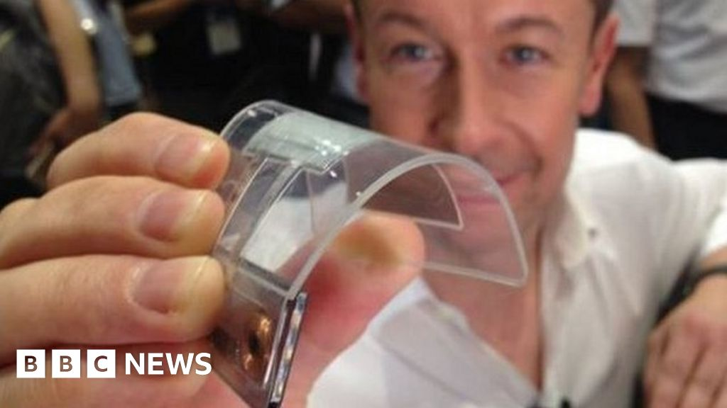 Panasonic reveals bendable battery at Ceatec