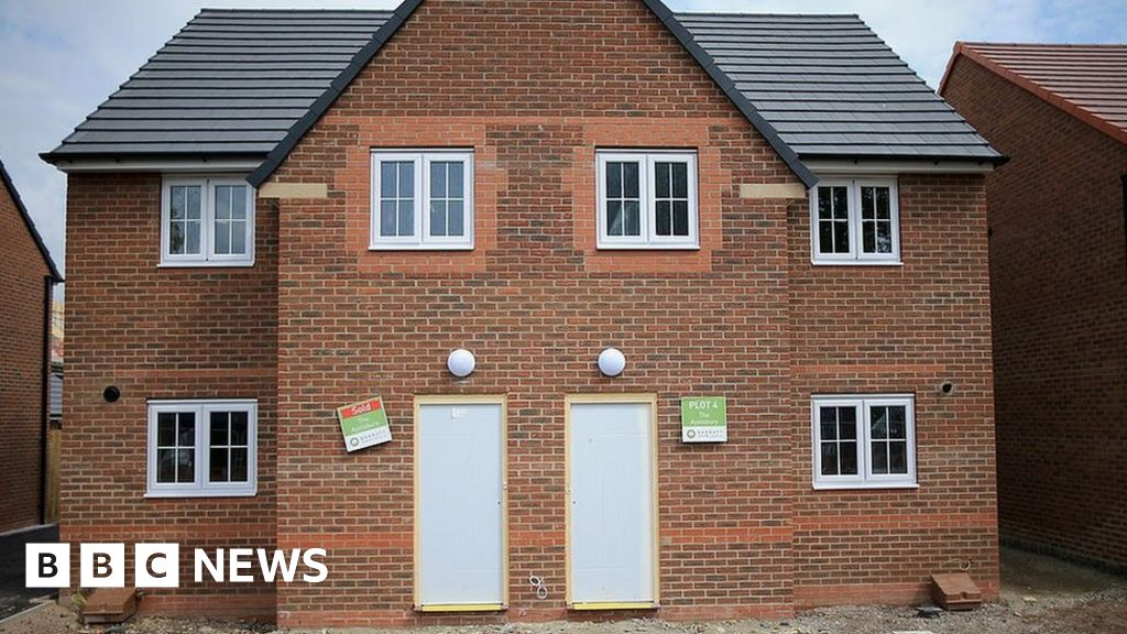 Plans To Ban Leaseholds On New Build Houses In England