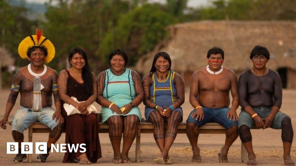 Brazil Amazon: Old enemies unite to save their land